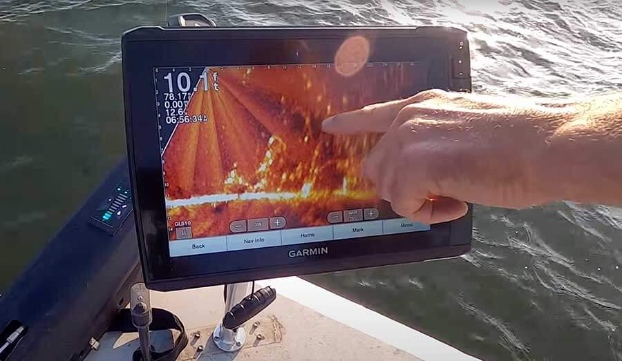 Using the Garmin Live Scope in Kansas to fish for catfish catching a blue catfish on the milford lake, ks Using the Garmin Live Scope in Kansas to fish for catfish CATC Website Large Blog Image Template 900x523 3